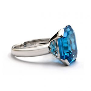 Royal Blue Cocktail ring
